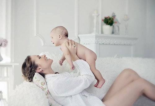 Как проходит первая фотосессия для новорожденного