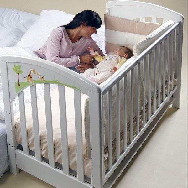 Кровати для новорожденных и мам